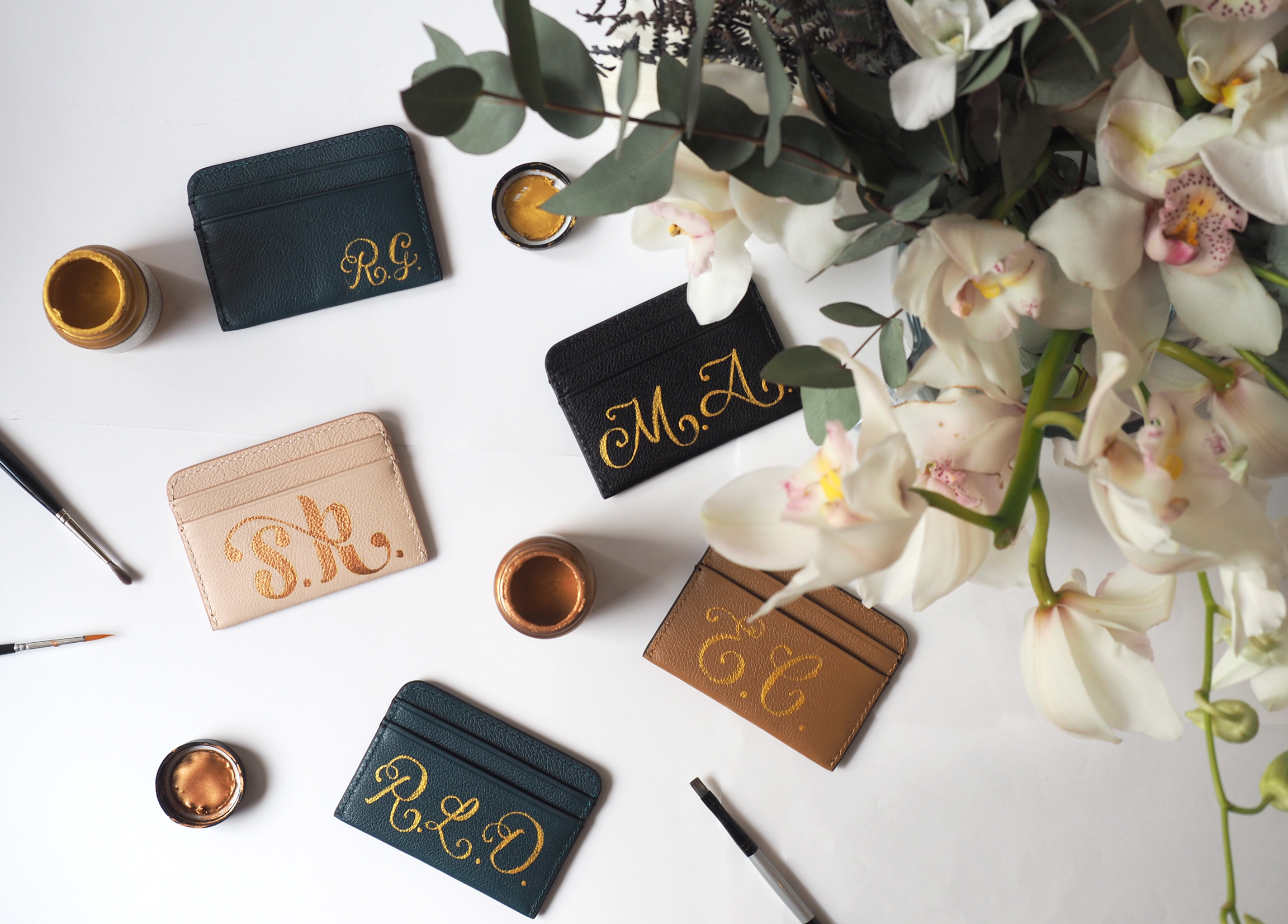 MIMCO! Typography Mistress Elemental Cheeky Observer